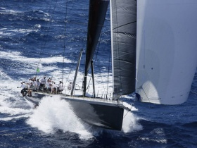 A Warrior nyerte Antigua to Bermuda Race - t
