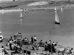 Az első Kalóz vízrebocsátásától a világbajnokságig! Az orfűi vitorlázás elmúlt 50 éve!