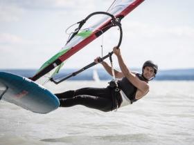 Bors Máté az új gyorsasági rekorder a Balatonon