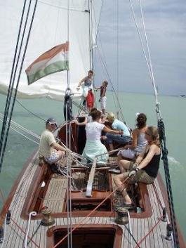 Elszánt női csapat a Balaton zászlóshajóján