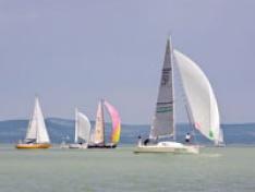 Hétvégén Ys csapatbajnokság a BL-ben: 9 kikötőhely még gazdára vár!