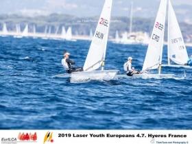 Kovács Attila ismét remekül versenyzett a Laser 4.7 EB - n és már az első 15 - ben van