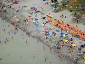 Százmilliókból szépül meg a Balaton-part