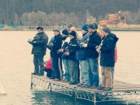 Tizenhat MM versenyző küzdelme a Pécsi-tavon
