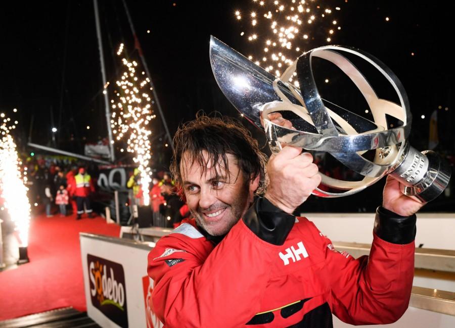 Vendée Globe: Yannick Bestaven győzött a kilencedik nonstop földkerülőn